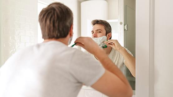 Erkeklerde Sakal Tıraşı Sivilceye (Akneye) Neden Olur mu?